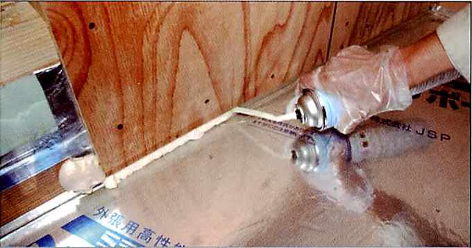 ハイプレン弾性フォームの使用用途3 バルコニー断熱部の断熱・気密補強